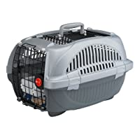 Ergonomic handle and secure side locks Made of sturdy plastic with plastic-coated door Easy opening top Good ventilation ensured thanks to the suitable grills Manufactured and designed to guarantee pets' comfort and safety