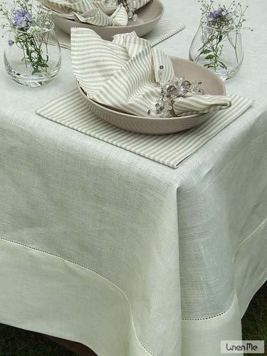 LinenMe Nappe, 180x180 cm, en Lin, Collection Emilia Round, Blanc Cassé
