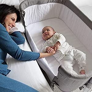 Bedside Bassinet Crib Baby Bassinet Bedside Sleeper Bassinet for Baby Playpen Wheeled Portable and Adjustable Bassinet for Newborn Baby Boy Baby Girl Infant