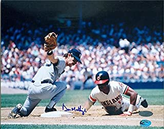 Autograph Warehouse 249232 Don Mattingly Autographed 8 x 10 in. Photo - New York Yankees Donnie Baseball ST1 Steiner Sports Hologram