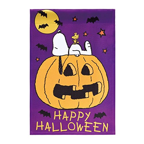 Jetmax Peanuts Snoopy with his freied Woodstock .HAPPY HALLOWEEN Garden Flag 12' X 18'
