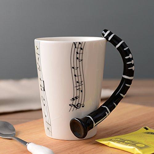 BeddingleerMusik Keramiktasse Tee becher Tasse mit Klarinette und Noten Verzierung Porzellan Mug in Hochwertiger Geschenk Box für Freund