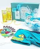 Canastilla Ecológica Bebé con Productos BIO 100% naturales y dos Cupcakes (hechos con bañador, camiseta y pañales) | Para Niños