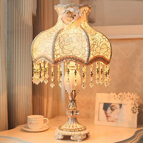 Bonne chose lampe de table Européen - Style Grande lampe de table Chambre à coucher Salon de chevet Décoré Classique Presse à linge Lampe de table de luxe