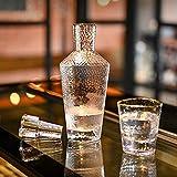 GAOXIAOMEI Juego De Decantador De Whisky, Decantador De Phnom Penh (35 Oz) Y Vasos De Whisky con Textura De Seis Martillos (12 Oz), Juego De Regalo De Decantador De Licor para Hombres O Mujeres