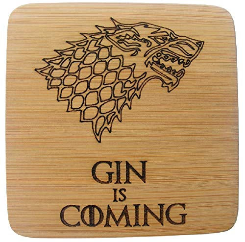 FastCraft Bamboo Gin is Coming Game of Thrones Ispirato sottobicchieri Bevande Mat Telefono novità Regalo di Compleanno Wedding House Warming Gift Laser inciso Stark Winter Wolf, 2 Pezzi