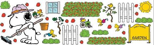 Eureka Snoopy's Spring Strawberry Patch Bulletin Board Sets (847686) Photo #3