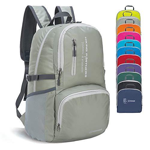 ZOMAKE Faltbaren Rucksäcke, Klein Wasserfest Wandern Daypack, Leicht Rucksack für Männer Frauen im Freien (Silbergrau)