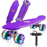 22' Skateboard Planche à roulettes avec LED Light Up Roues, Table en Plastique Renforcé, Mini Cruiser Roulement ABEC-7, pour Fille Garçon Débutant (Violet)