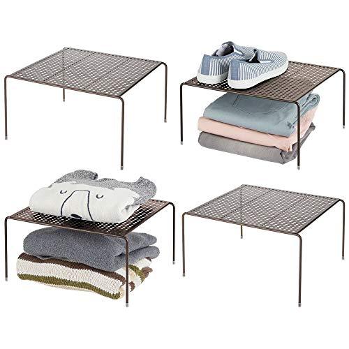 mDesign Ripiani aggiuntivi e mensole per armadi perfetti in ogni stanza – Pratico scaffale per armadi e piani d'appoggio – Organizer armadio in metallo – Set da 4 – bronzo