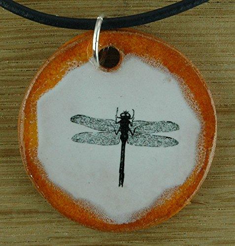 Echtes Kunsthandwerk: Schöner Keramik Anhänger mit einer Libelle; Insekt, Insekten, Flügel, Teich, Bach, Tier, Natur