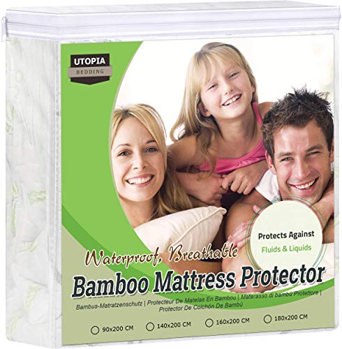 Ropa de Cama Utopía Premium 340 gsm 100% Impermeable Bambú Protector de colchón, Cubrecolchón, Transpirable, Estilo Ajustado Alrededor del elástico (90 x 200 x 30 cm)