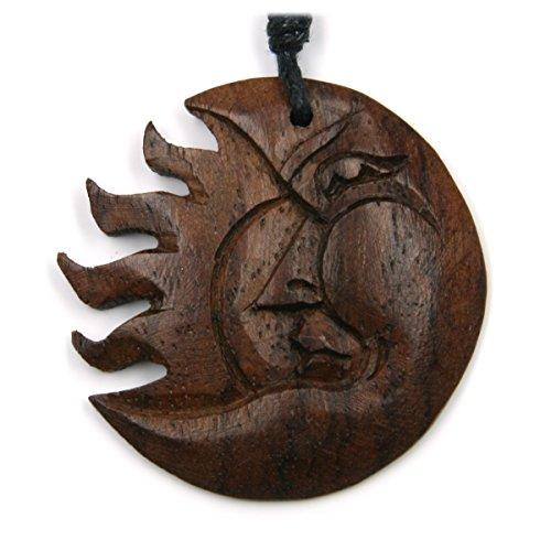 Sonnen-Mond-Finsternis Schmuck aus Holz, Kettenanhänger zeitlos natürlich Durchmesser 4cm, inkl Textilband Holzschmuck