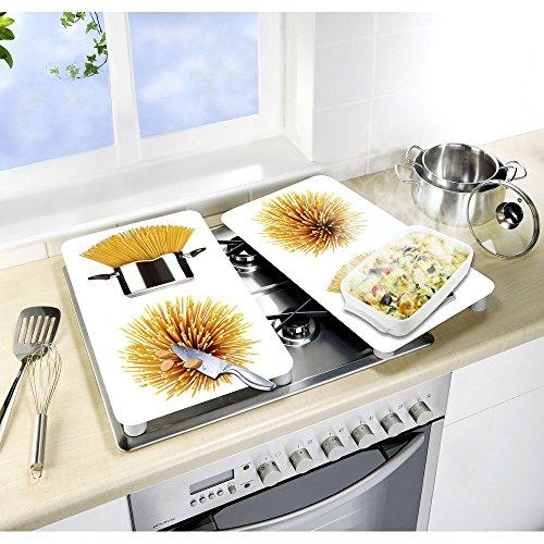 WENKO Herdabdeckplatte Universal Spaghetti - 2er Set, Kochplattenabdeckung und Glas-Schneidebrett für alle Herdarten, Gehärtetes Glas, 30 x 52 cm, Mehrfarbig
