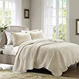 Madison Park Tuscany Quilt Set - Casual Damask Medallion Stitching Design Anti-Microbial, Lightweight Coverlet Bedspread Bedding, Shams, King/Cal King(104'x94'), Scallop Edges Cream, 3 Piece