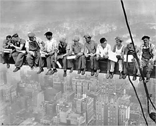 New York. Lunch atop a Skyscraper. Foto getroffen, 1932 Poster Kunstdruck 40.64 cm x 50.80 cm).
