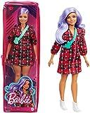 Barbie Fashionista Muñeca con pelo violeta, vestido de cuadros rojo y accesorios de moda (Mattel GRB49)