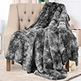 Everlasting Comfort Luxury Faux Fur Throw Blanket - Soft, Fluffy Blankets - Throw Blankets for Couch and Bed - 50x65 - Gray