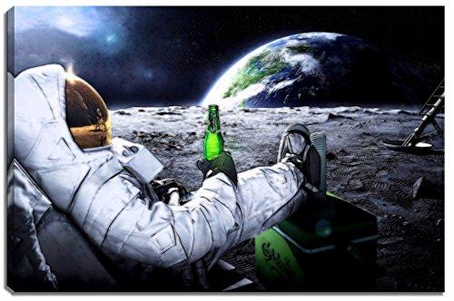 Dream-Arts Astronaut auf Mond Motiv auf Leinwand im Format: 120x80 cm. Hochwertiger Kunstdruck als Wandbild. Billiger als EIN Ölbild! Achtung KEIN Poster oder Plakat!