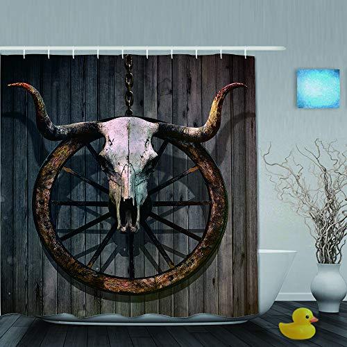 QINCO Duschvorhang,Scheunenholz-Wagenrad-langhörniger Stierschädel und altes West-Wagenrad auf rustikaler Wand,personalisierte Deko Badezimmer Vorhang,mit Haken,180 * 180