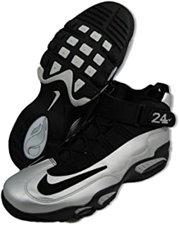 Air Max Penny LE Big Kids' Shoes Black/White/University Red 315519-007