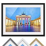 Bild mit Rahmen - Erleuchtetes Brandenburger Tor - Farbe