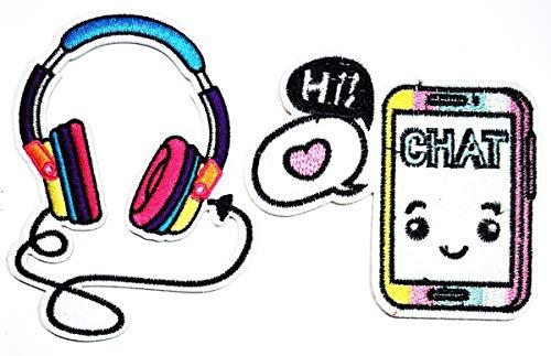 Umama Aufnäher Set von 2 niedlichen hübschen Kopfhörern mit Telefon Cartoon bestickt Bügelbild Sticker Handwerk Stoff Zubehör Nähen Jacke Polo T-Shirt Hut Tasche Kleidung
