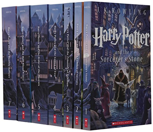 Scholastic: Special Edition Harry Potter Paperback Box Set
