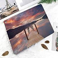 iPad 2/3/4 対応 2つ折りケース スタンド機能 オートスリープ超薄型 傷つけ防止ケース 手帳型カバー 環境にやさしい材質ダーウェントウォーター湖水地方イギリスの日没の朝の写真で浸水桟橋