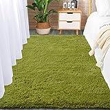 Comeet Green Shag Rug for Bedroom Fluffy Carpet, Super Soft Fuzzy Kids Room Rug Indoor Shaggy Plush Area Rugs for Living Room Dorm Nursery Modern Home Decor Children Anti-Skip Floor Rug, 4x5.9 Feet