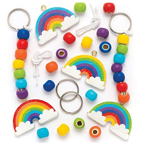 Baker Ross Kits de porte-clés et de breloques pour sac en bois arc-en-ciel que les enfants pourront décorer- Kits d'arts et loisirs créatifs amusants pour enfant (Lot de 4)