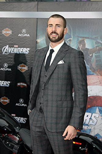 Chris Evans suit photo shot at event (8 inch by 10 inch) PHOTOGRAPH TL
