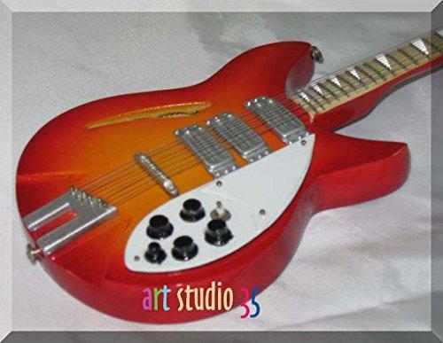 COURTNEY LOVE Miniatura Guitarra KURT COBAIN