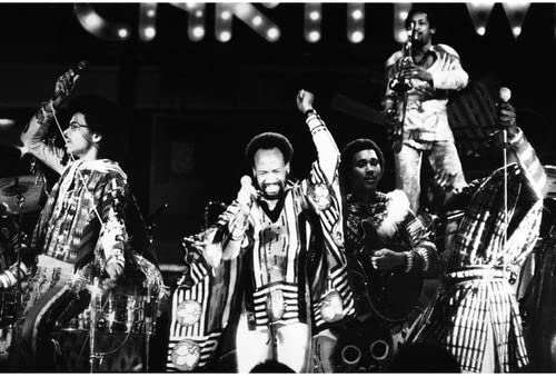 Earth Wind 5 ☆ popular Fire service in Concert Promotional legendary 8x10 group P