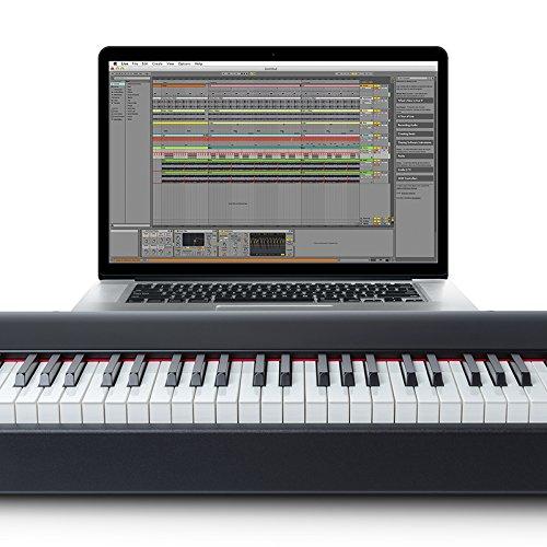 M-Audio Hammer 88   Premium 88-Key Hammer-Action USB/MIDI Keyboard Controller Including A Studio Grade Software Suite
