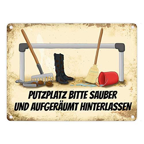 trendaffe - Reiter Metallschild mit Putzstelle Motiv und Spruch: Bitte Putzplatz säubern