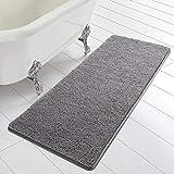 Homore Alfombras de baño de chenilla suave 24 x 60 pulgadas, alfombras peludas superabsorbentes para cuarto de baño, lavable y antideslizante, para bañera y ducha, color gris