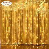 [♥Alta qualità e sicurezza♥]: la nostra luce per proiettori natalizi ha la certificazione UL/GS/CE. Le luci della tenda sono fatte di 100% materiale di filo di rame e non si surriscaldano non importa quanto tempo le luci della tenda funzionano. Quand...