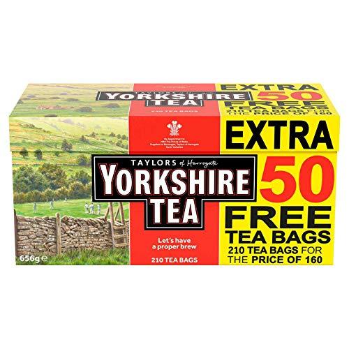 Yorkshire Tea Original Red Label 210 Bustine di tè 656g - La giusta infusione per una mattinata adeguata, tè di alta qualità al 100% per i tuoi desideri elevati. Art of Blending - 130 anni.