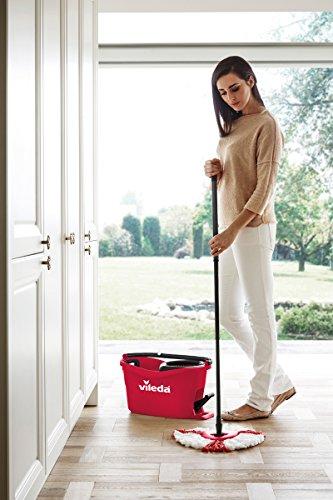Vileda Turbo EasyWring & Clean Kit de Nettoyage Complet avec Seau équipé d'Un système d'essorage et Balai à Franges, Rouge, Set