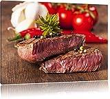 Saftiges Pfeffer Steak Format: 60x40 auf Leinwand, XXL