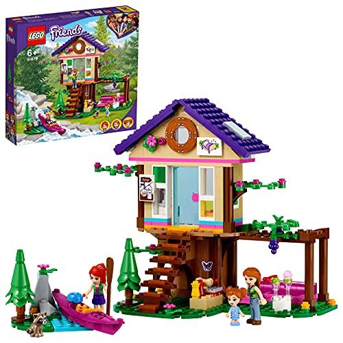 LEGO 41679 Friends Baumhaus im Wald, Spielzeug ab 6 Jahre, Haus mit Mini Puppen, Boot und anderem Zubehör
