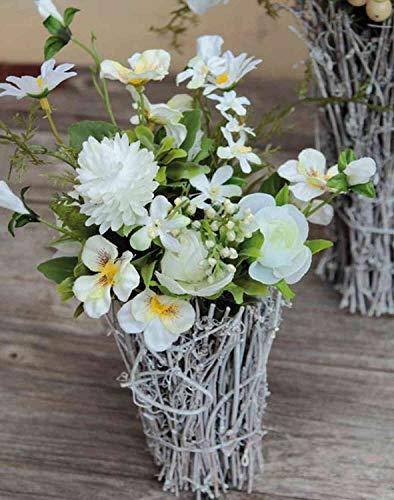 artplants.de Kunstblumen Gesteck Cheyenne, Pensee, Margerite, Rattantopf, weiß, 30cm - Gesteck künstlich/Künstliche Blumen