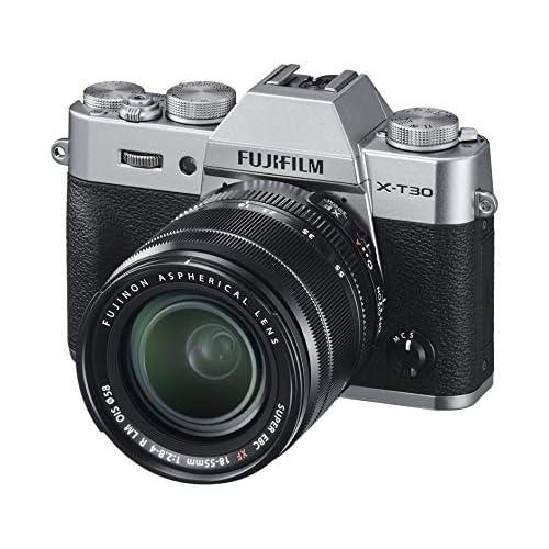 Fujifilm X-T30 Silver e Obiettivo XF18-55mm F2.8-4 R LM OIS, Fotocamera Digitale da 26MP, Sensore CMOS X-Trans 4 APS-C, Mirino EVF, Filmati 4K 30p, Schermo LCD Touch 3