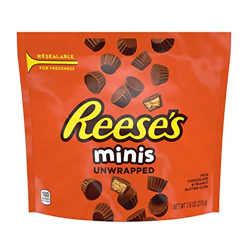 REESE'S Chocolate Peanut Butter Candy, Minis, 8 Ounce (Pack of 4)