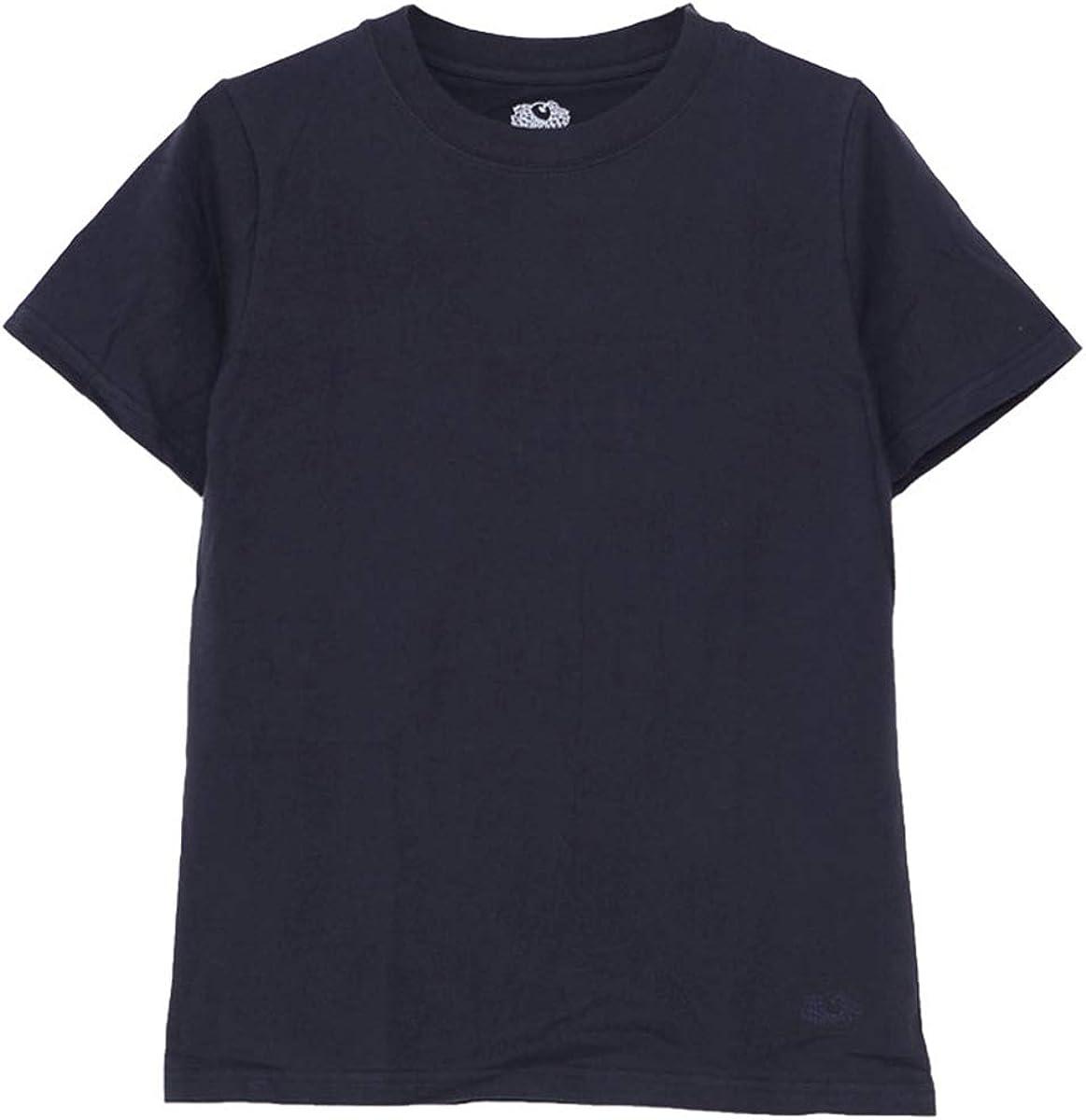 Tシャツといえば「白T」なイメージもありますが、何やかんやで使いやすいのはダークトーンの1枚だったりします。