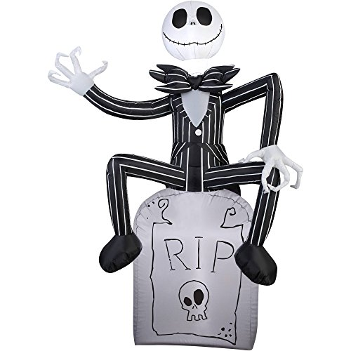 Gemmy Halloween Inflatable Outdoor Scarecrow A Nightmare Before Christmas...