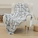 Snuggle Sac Luxury Soft Faux Fur Blanket 50' x 60' , Decorative Fuzzy Bed Throw for Sofa Couch Bed Living Room Bedroom