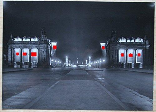 Zwei dreißiger Jahre Photos von der Paradestraße zur Berliner Siegessäule,