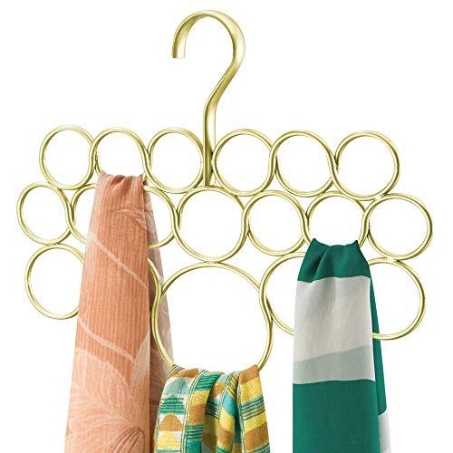 mDesign Percha para pañuelos - Organizador de pañuelos, chales, bufandas y más - Organizador de armarios para accesorios con 18 prácticos aros - Color: dorado/cobre